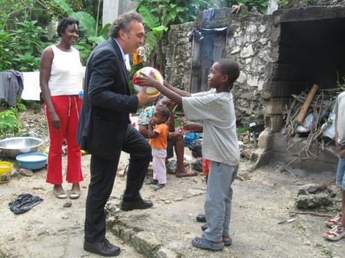 Aiuto post terremoto Haiti