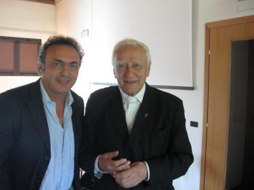 Con Monsignore Bettazzi